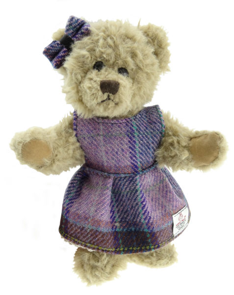 gp1973-harris-tweed-girl-bear-w600-h600